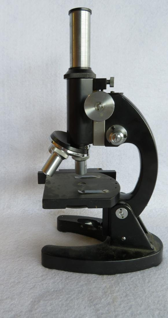 Microscope in original dovetailed wooden box signed - 2