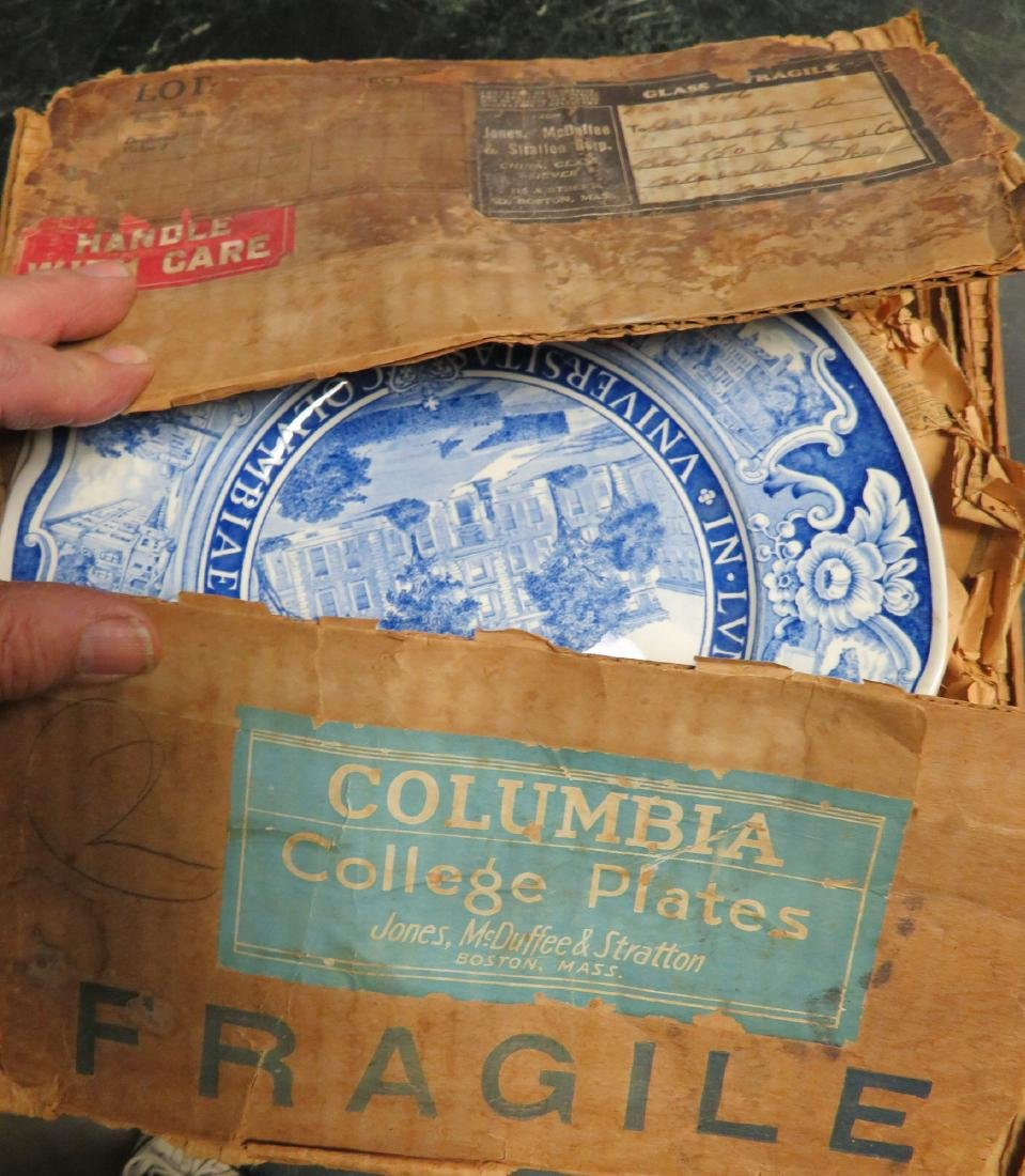 Set of 12 Columbia University dinner plates 1931 1st ed - 2