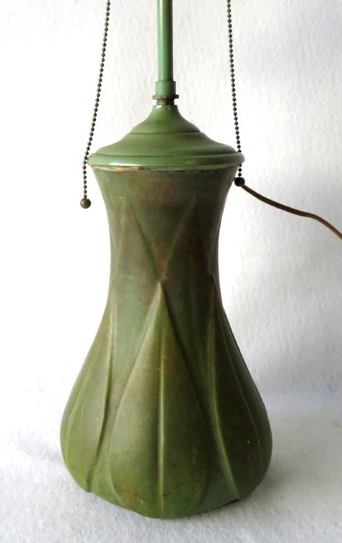 Art pottery table lamp, matte green glaze. - 2
