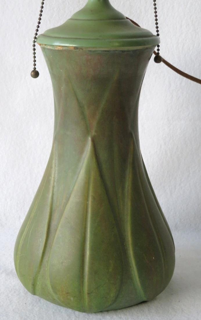 Art pottery table lamp, matte green glaze. - 4