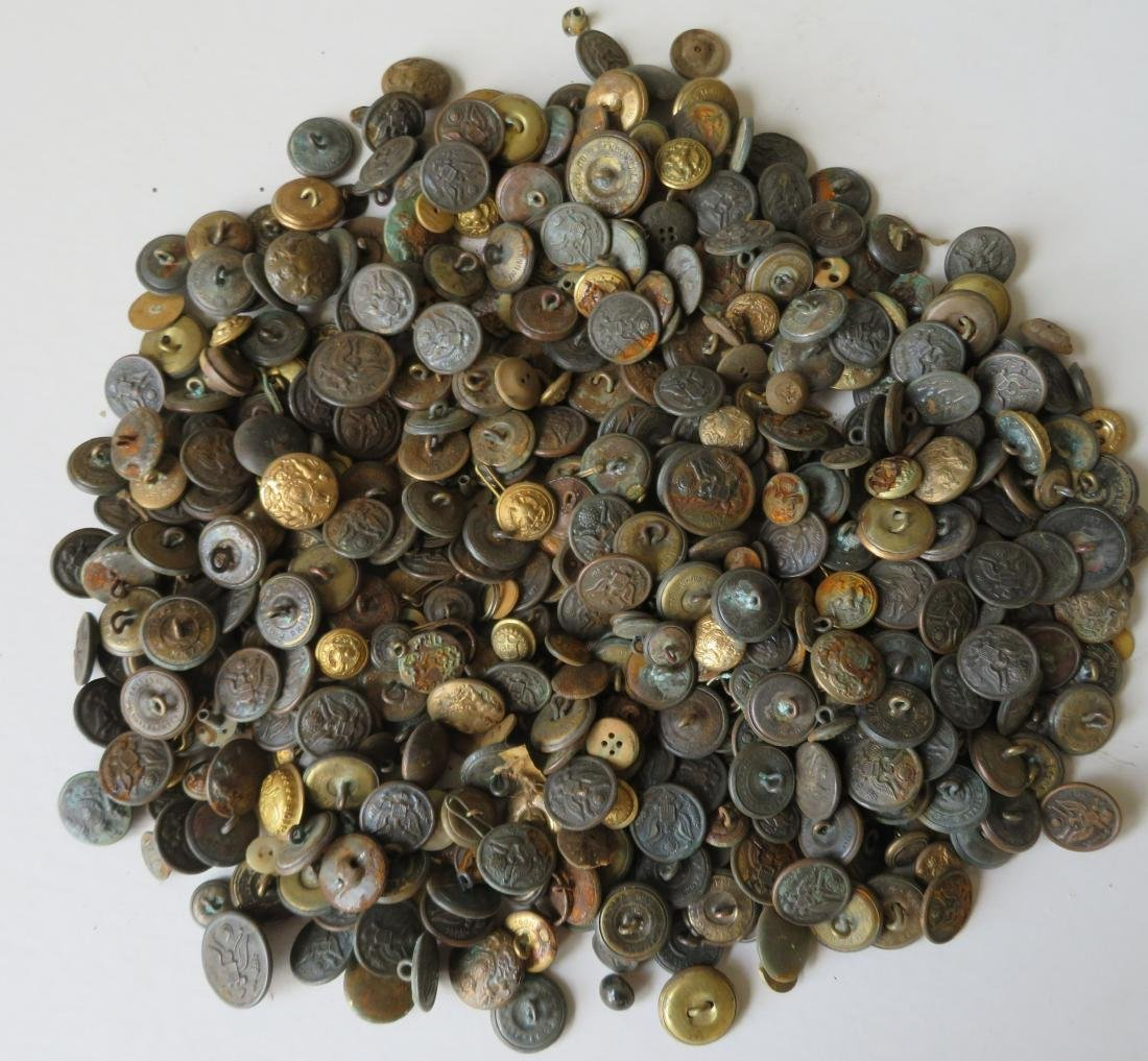 Large grouping of mostly military buttons, over 450,