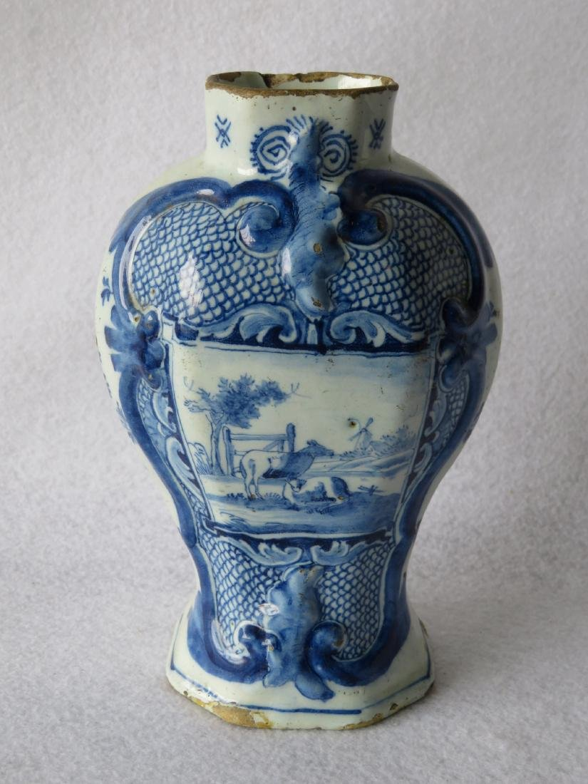 Pair of tin glazed Delft vases, hand decorated in blue - 2