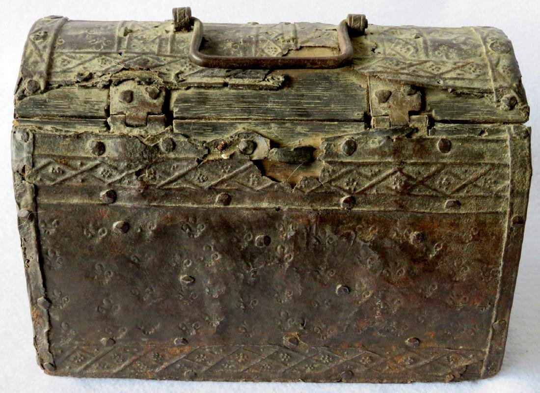 An ancient dome top French document box with hand - 6