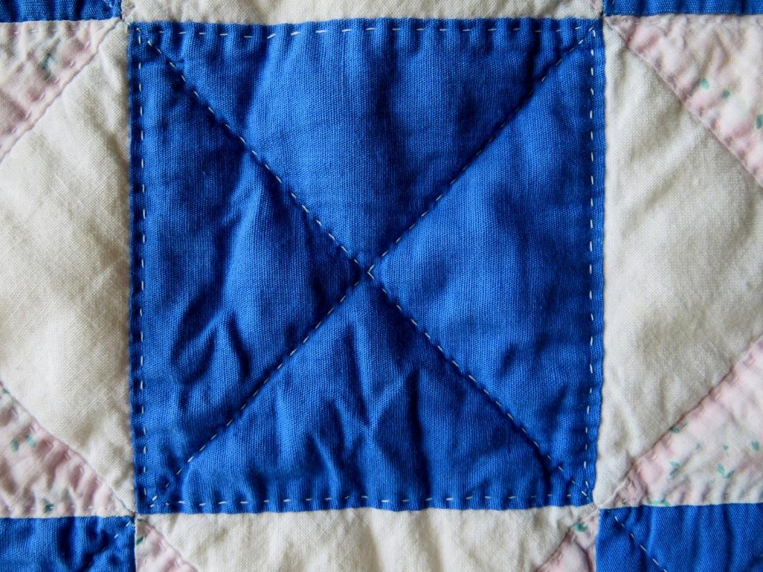 Patchwork quilt in a star pattern, mid to late 20th - 3