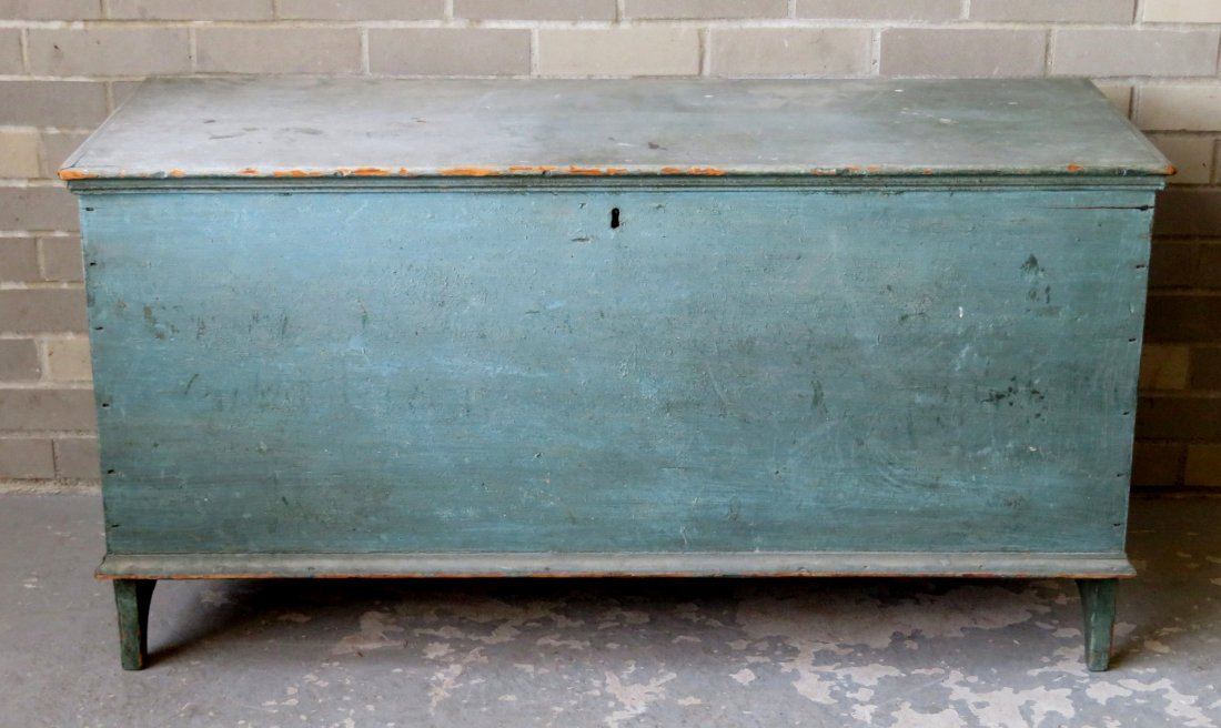 The best Hudson Valley 6 board blanket box in original