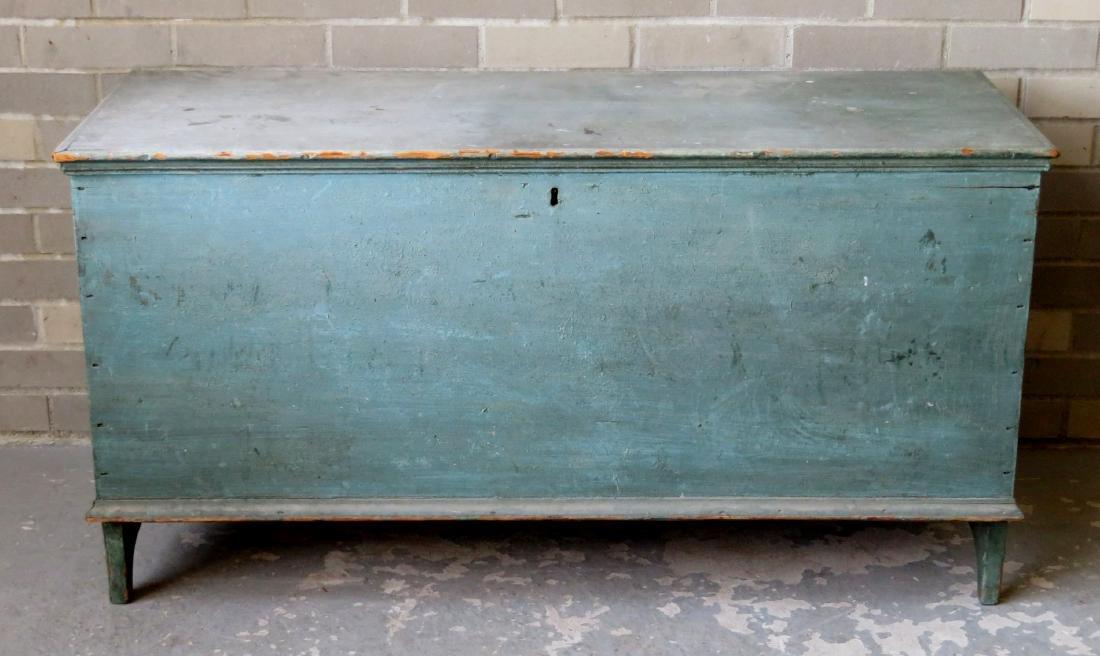 The best Hudson Valley 6 board blanket box in original - 2