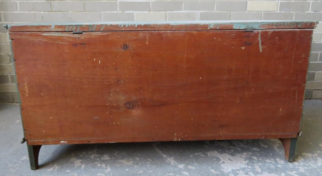 The best Hudson Valley 6 board blanket box in original - 6