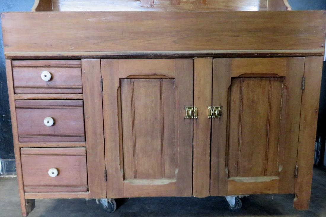 Poplar wood drysink with cupboard top having to 2 doors - 3
