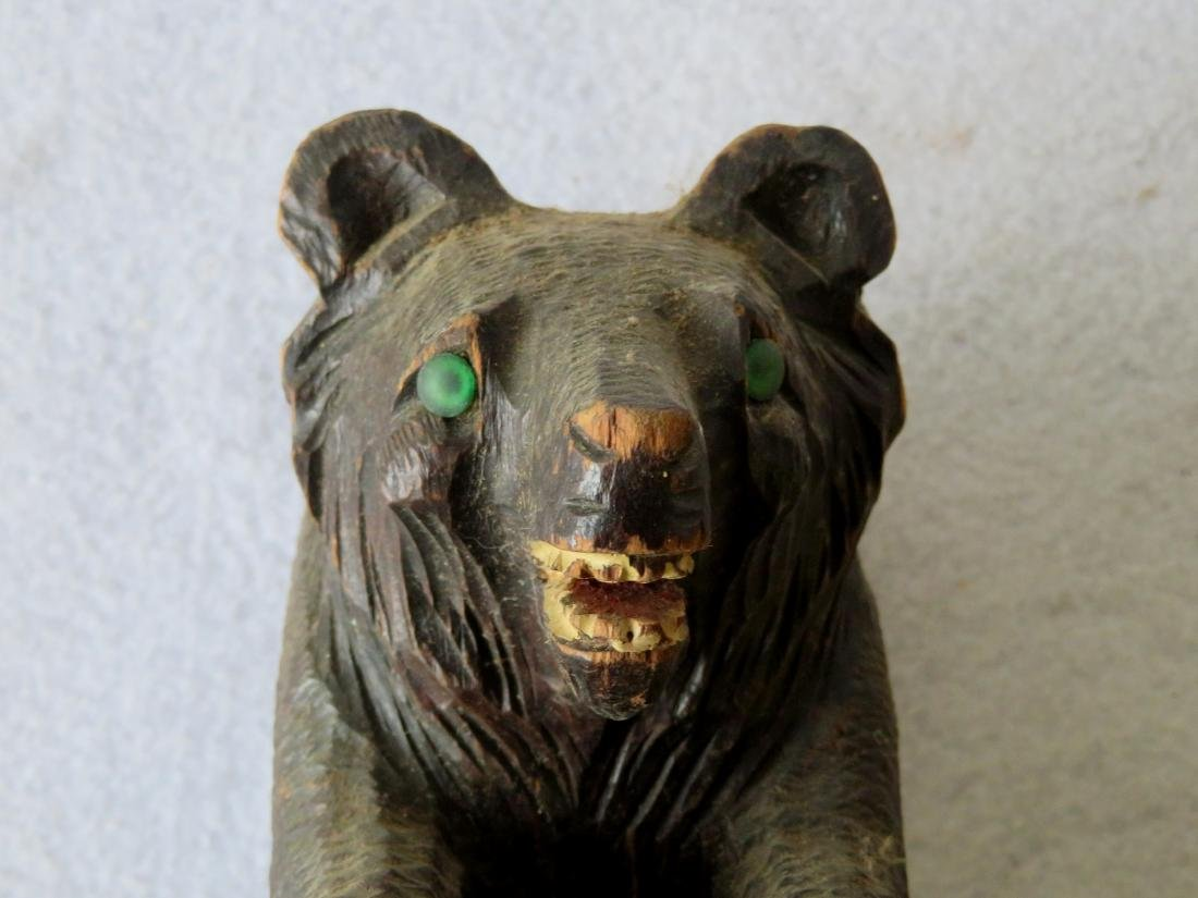 Grouping of 4 country items - carved bear, hat holders - 3