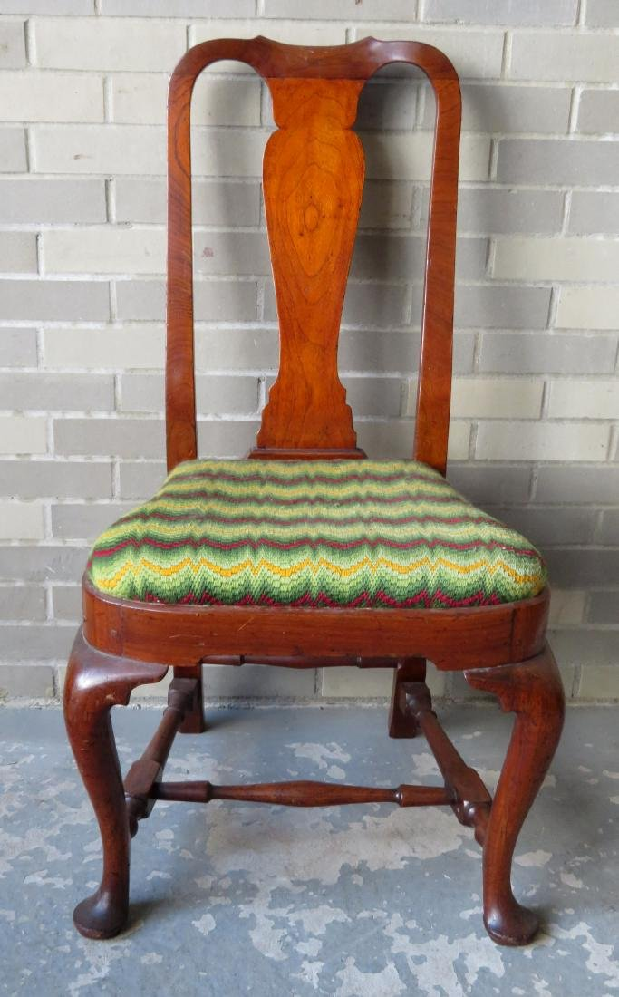 Boston Queen Ann walnut side chair with compass-seat,