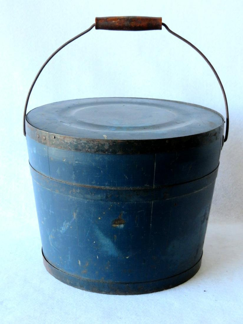 Early lidded bucket with bail handle in old blue/green