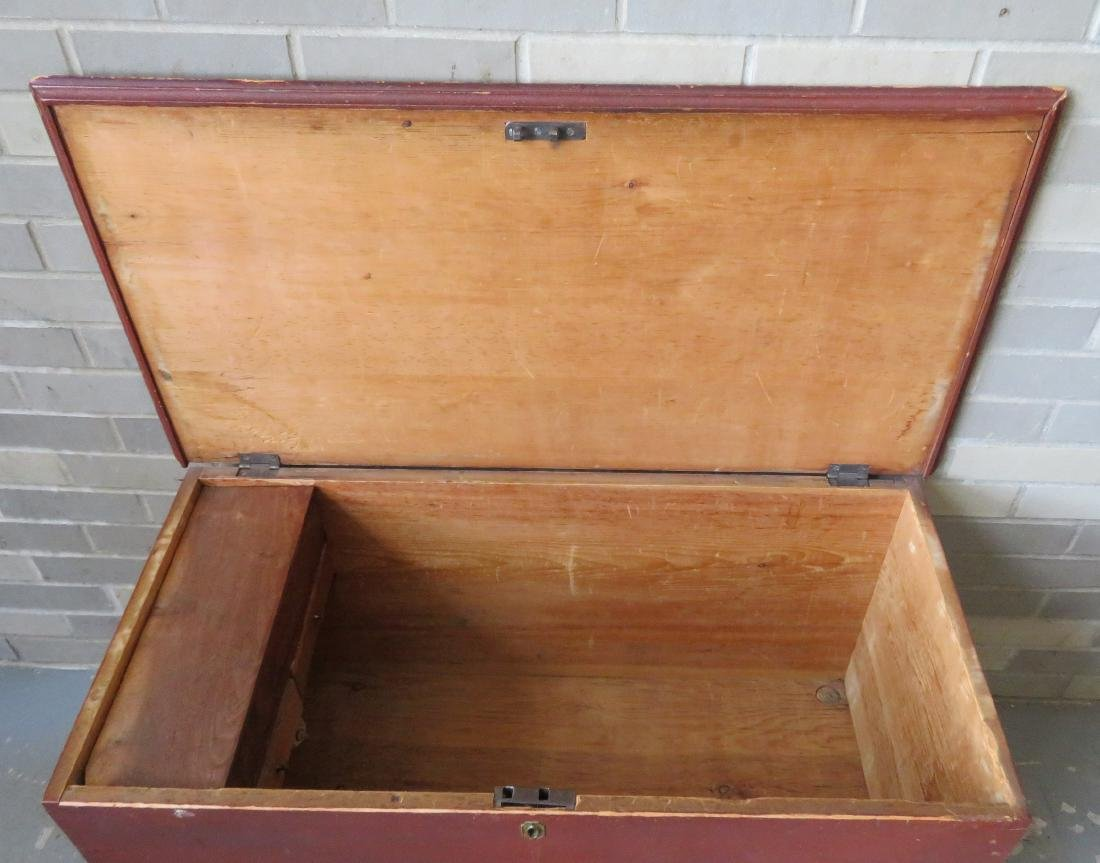 Blanket box in original red paint with interior till - 3