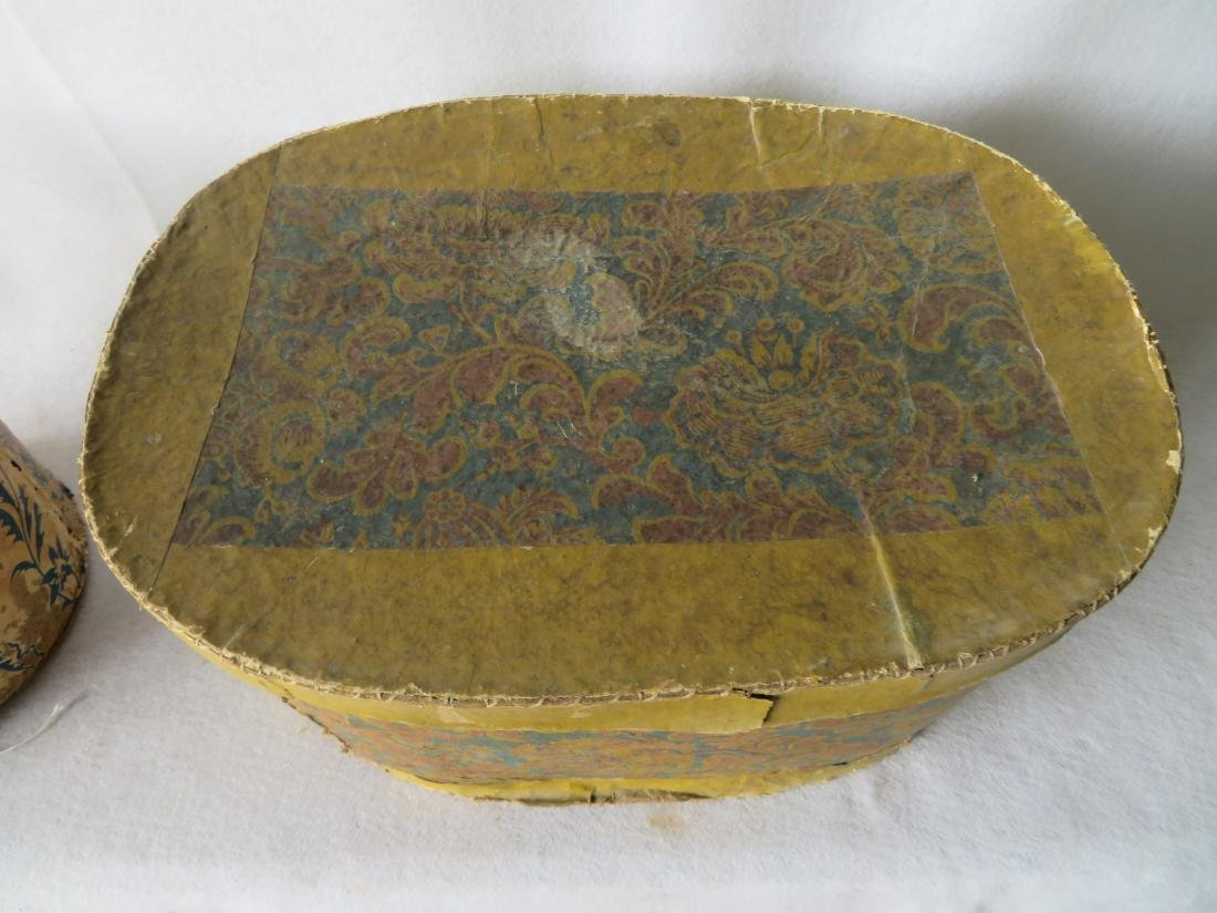 Two colorful 19th century wall paper band boxes - 3