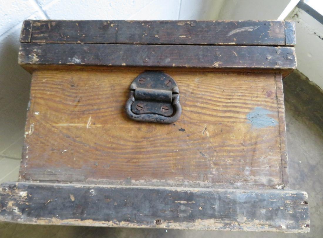 Grain painted Pennsylvania tool box in original mustard - 4