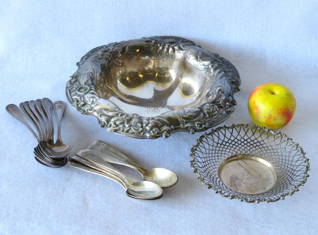 Grouping of sterling silver including a large Art