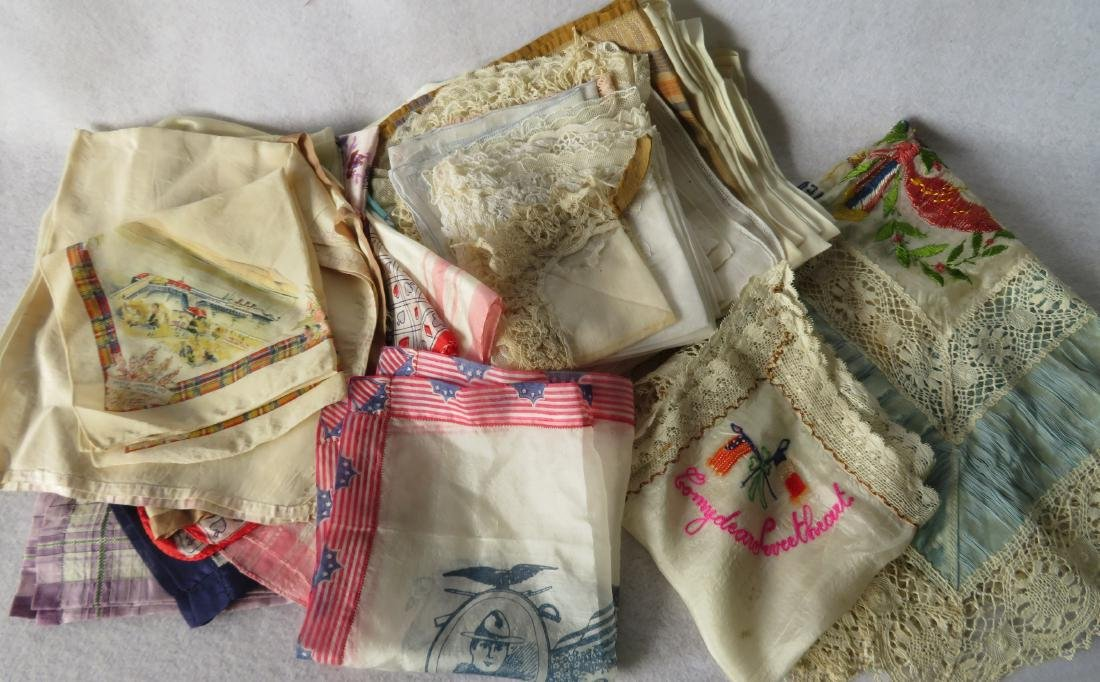 Grouping of lady's textiles in lace, silk and linen