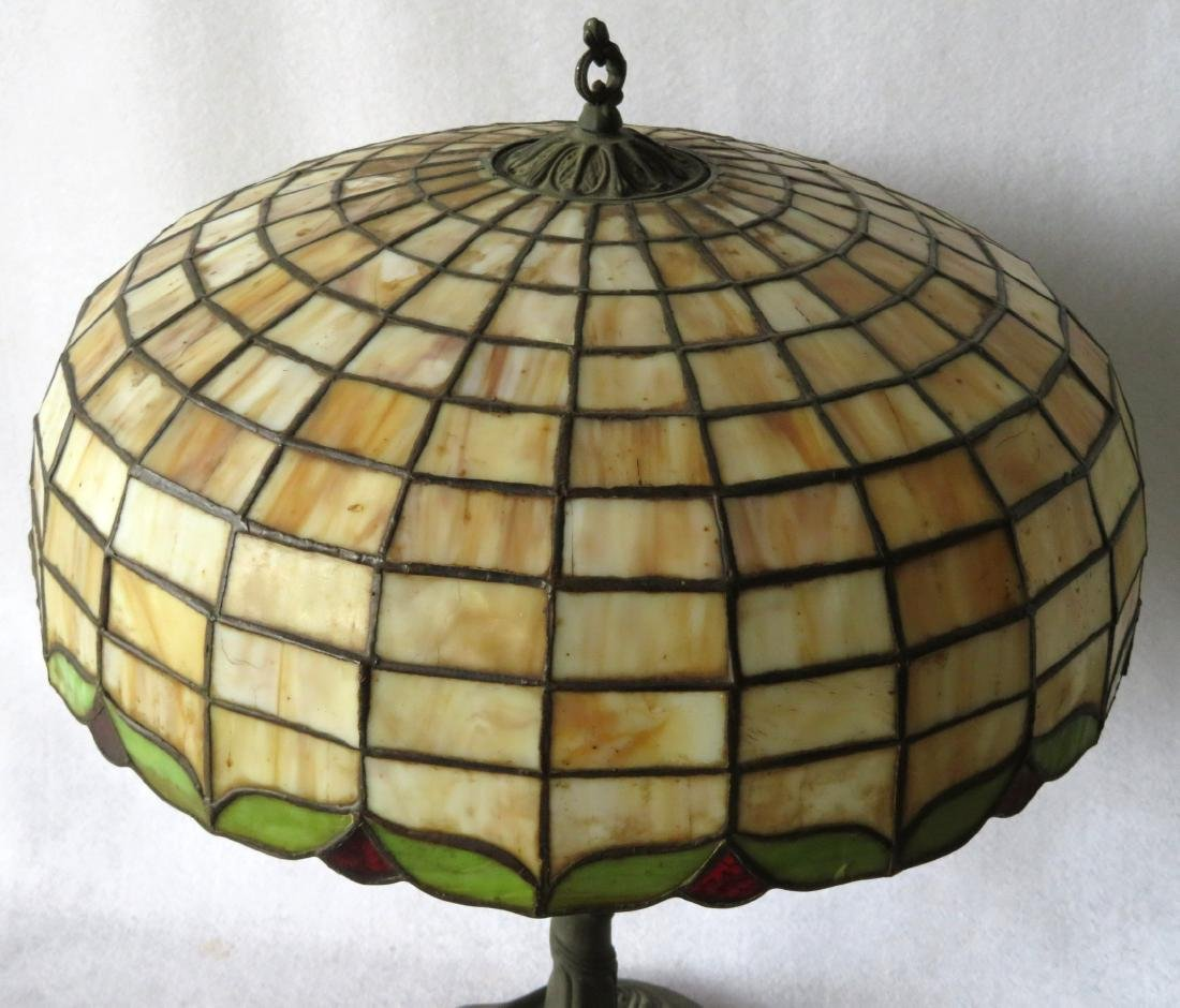 Art Nouveau table lamp with tiled geometric pattern - 2