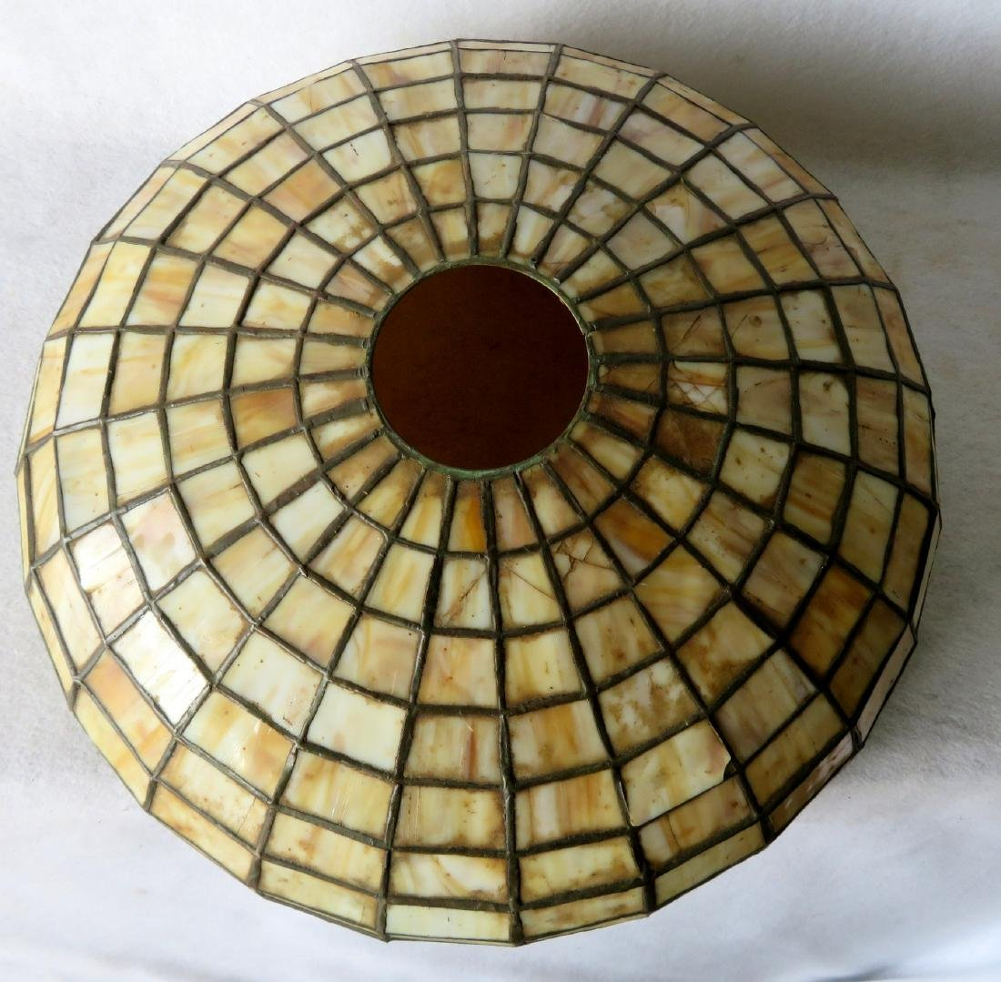Art Nouveau table lamp with tiled geometric pattern - 7