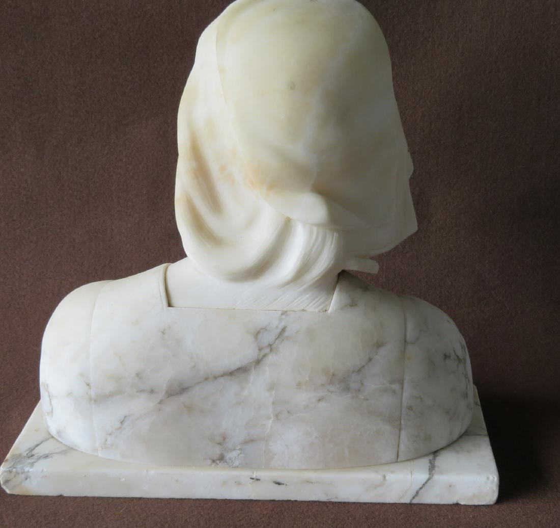A marble bust of Florence Nightingale (Italian - 4