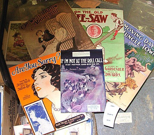 4: Large lot Vintage Sheet Music, 450+