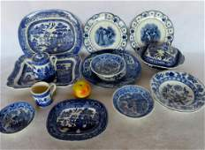Grouping of 14 pieces of blue and white transferware