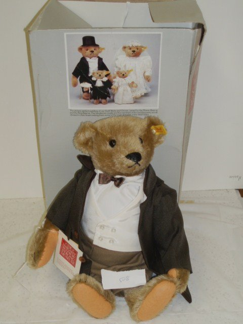 "508: Steiff ""Victorian Gentleman"" Bear - made in Wester"