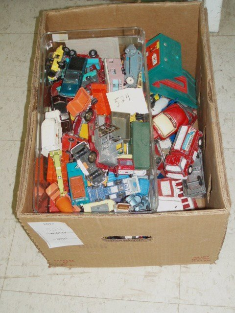 524: Large Lot of Miniature Vehicles inc. Matchbox, Hot
