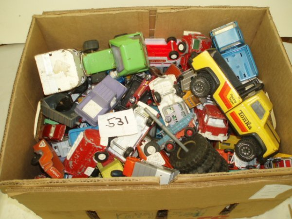 531: Large Lot of Miniature Vehicles inc. Matchbox, Ton