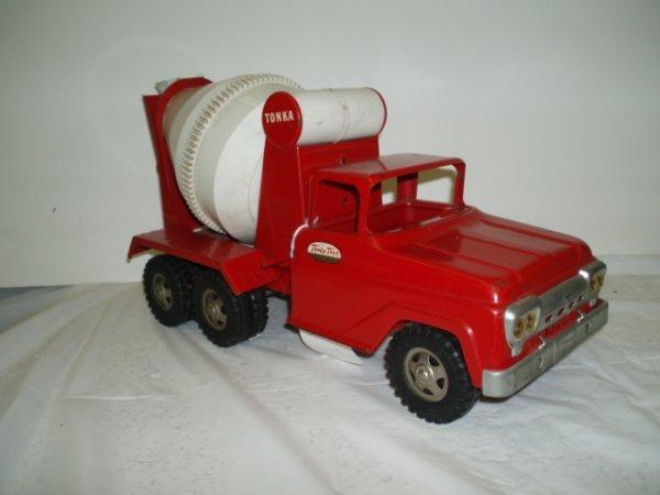592: 1950's Tonka Cement Truck - 2