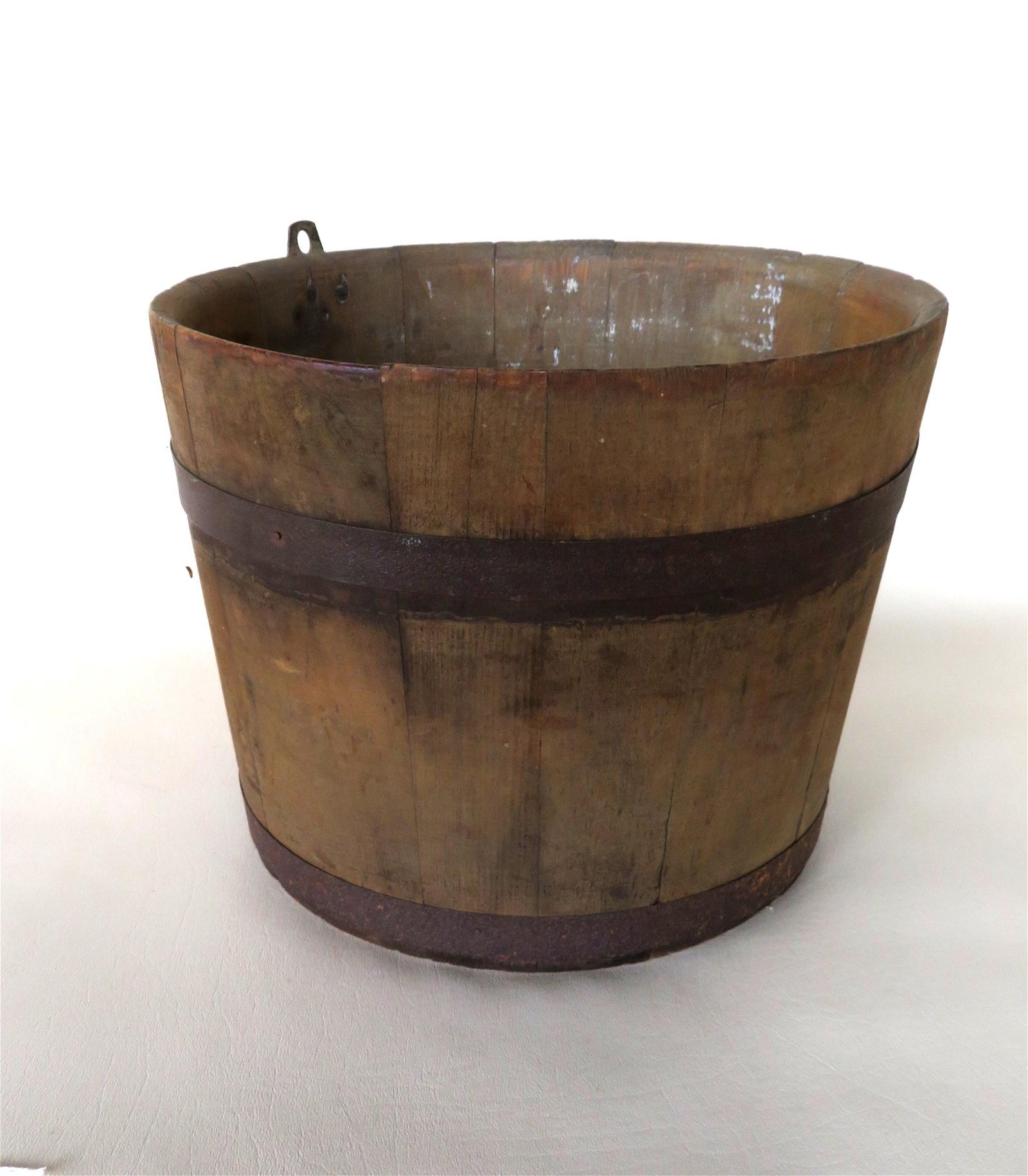 Sap bucket, North Family Shakers, Enfield, New