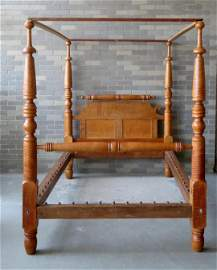 The best tiger maple Sheraton Tester bed having strong