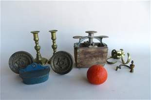 Grouping of country collectibles including: An usual
