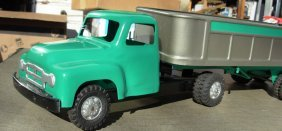 9: Buddy-L International hydraulic tractor trailer,1956