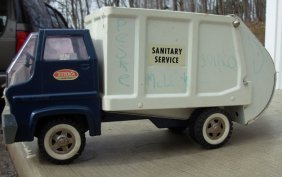 10: Tonka Gas Turbine Sanitation truck, late 60's very