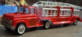 "22: Buddy-L; Aerial Fire Ladder tractor trailer, 27"" lg"