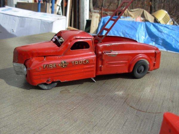 "72: Buddy-L Fire truck 12"" lg 1940's very good cond."