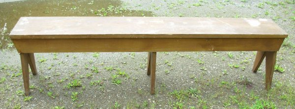 1011: Country pine bench