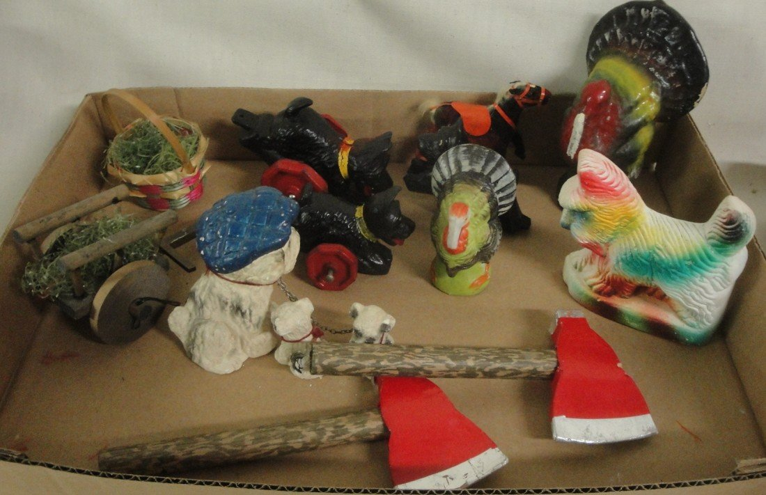 5: Two misc tgoys including Thanksgiving paper mache tu