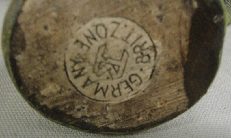 19: Wooden cresh with figures, most signed made in Germ - 2