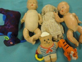 20: Boxlot of misc. dolls and stuffed animals including