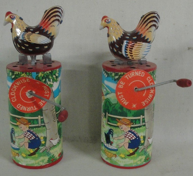 180: Two cackling windup animated hens - ca. 1950