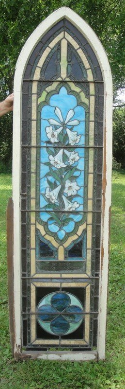 522C: Beautiful leaded stained glass church window with