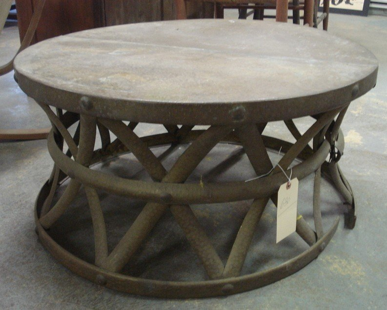 630: Round copper hand-hammered copper coffee table wit - 2