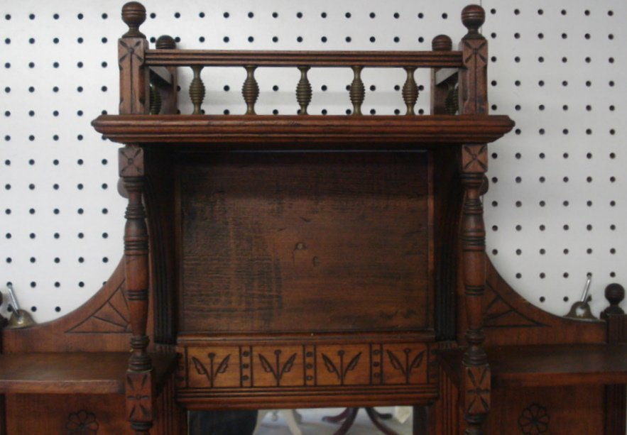203: Victorian Eastlake wall shelf with mirror back and - 2