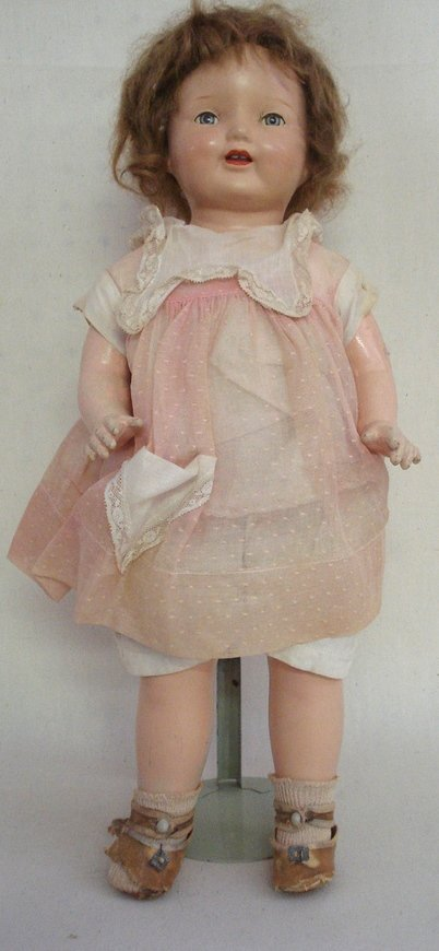 """211: Unmarked composition """"Mama"""" doll (cryer not workin"""