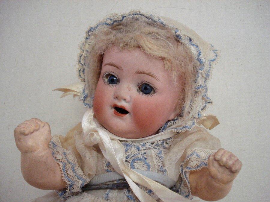 215: Heubach-Kopplesdorf bisque doll - Sleep blue eyes