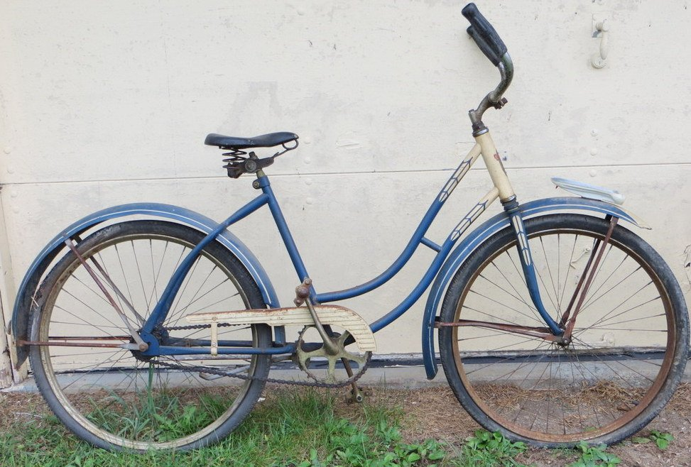 15E: 1950's girl's bicycle signed Goodyear.