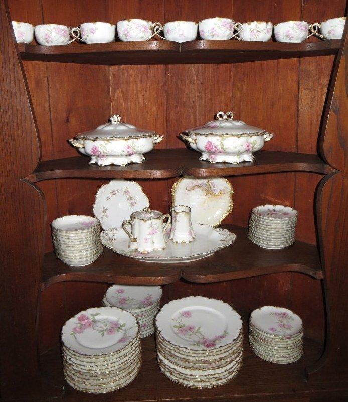 """277: Set of Haviland Limoges china """"Baltimore Rose""""."""