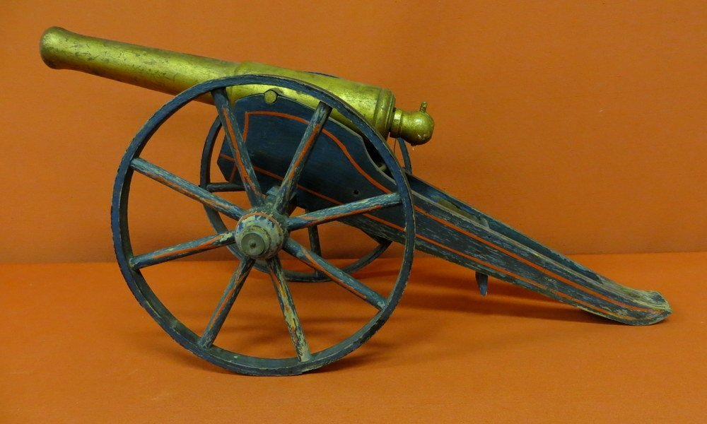4: Folk art hand made wooden cannon in original paint -
