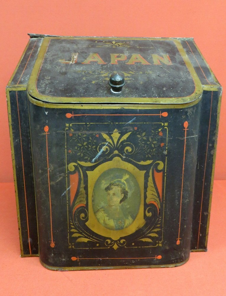 10: Japan counter top coffee tin, original paint and st